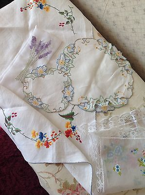 SELECTION Of VINTAGE HAND EMBROIDERED SIDE TABLE MATS