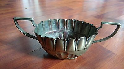 Silver plated bowl with handles. No Reserve!