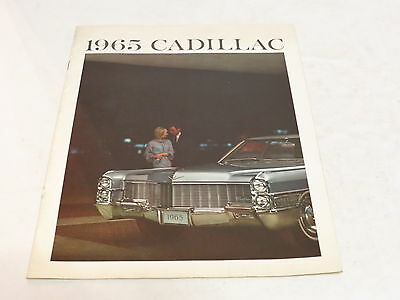 * Vtg 1965 Cadillac Fleetwood Series Automobile Brochure *