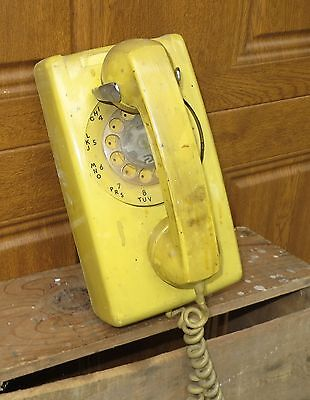 Vintage Western Electric/bell System Wall Mount Telephone Yellow