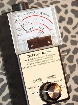 Trifield 100XE EMF Meter With Factory Sound Added