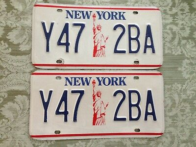 vtg.N.Y. Liberty Style License Plate set Y47-2BA NYS DMV CLEAR Collector