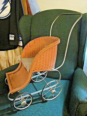 Vintage Hedstrom Wicker Doll Stroller Buggy Fitchburg. Massachusetts