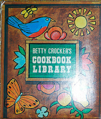Betty crocker pamplet cookbook set of 6 vintage