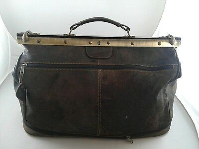 Vintage Leather Doctor's Bag with old fashioned brass clasp