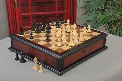 The Reykjavik II Series Library Chess Set and Tiroir Combination - Ebonized Boxw
