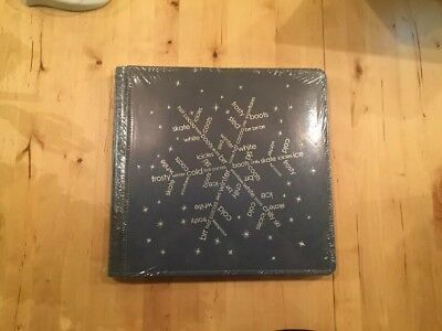 Creative Memories 12x12 Blue PicFolio Max with Silver Embossed Snowflake - Rare