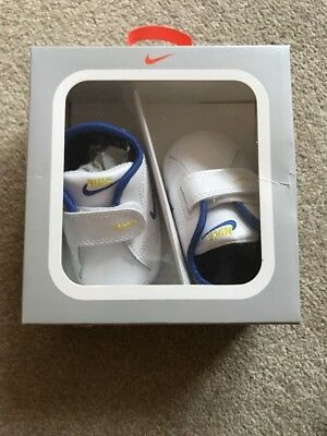 Brand New Still In Box! Nike Baby Shoes Size 1 (0-3 Months)