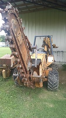 Case 560 Trencher/Plow