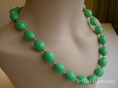 "Vintage 50s HONG KONG GREEN ACRYLIC BEADED 24"" NECKLACE SILVERTONE RETRO JAPAN"