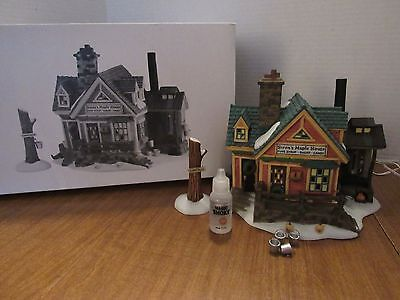 Dept 56 # 56579 New England Village Steen's Maple House 1997 Smoking Chimney