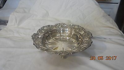 Silver plated plated dish/bowl on 4 feet by Yoeman England