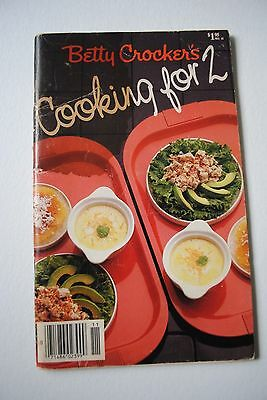 1985 Vintage Betty Crocker's Cooking For 2 Booklet General Mills Recipes