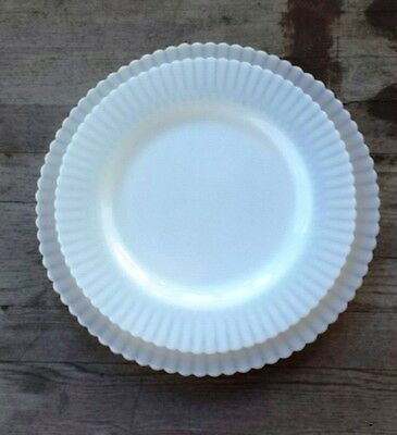Set of Two Petalware Opalescent White Glass Plates – Dinner and Round Serving