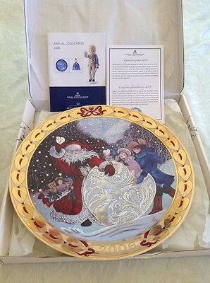 2006 Royal Copenhagen Hearts Of Christmas And Snow Plate New Box & Certificate