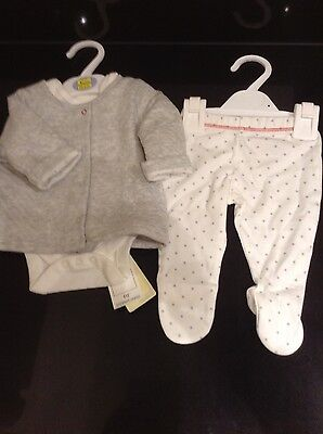 Marks And Spencer Baby 3 Piece Outfit Set. Up To 1 Month. Bnwt. Grey Mix.