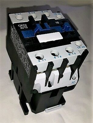 ac contactor 32 amp 15kw 3 pole  240 volt coil with 1 N/O  auxiliary New!!!!