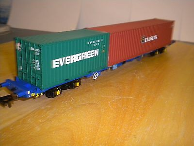 Hornby KFA container flat with  Florens & Evergreen containers BNIB.