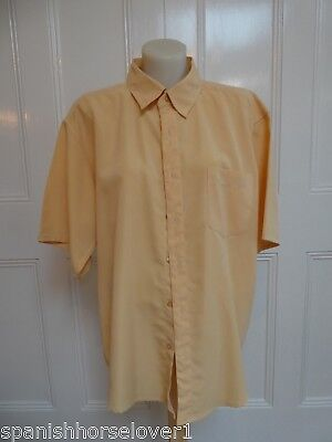 Contemporary-Banana-Quality Mens Business Shirt-Short Sleeved-Size L