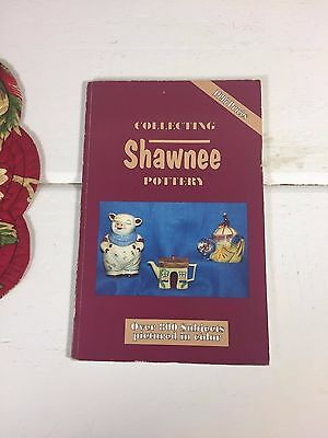 Shawnee Pottery Collectors Guide Softcover, Reference Book 1989 (Update 1996)