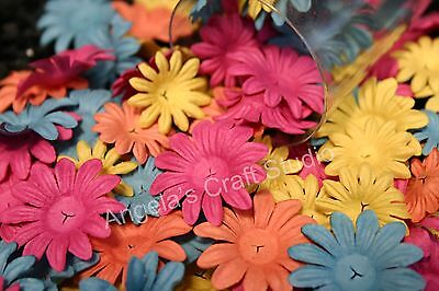 "30 PRIMA DAISY CRAZY ""VICTORIA"" Flowers 2 Sizes 4 Colours- Scrapbook Cards Craft"