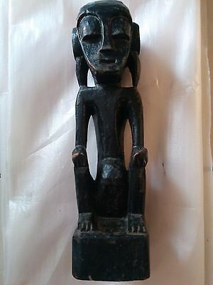 Indonesian West Timorese Tribal Figure Vintage Hand Craved Sculpture Artifacts