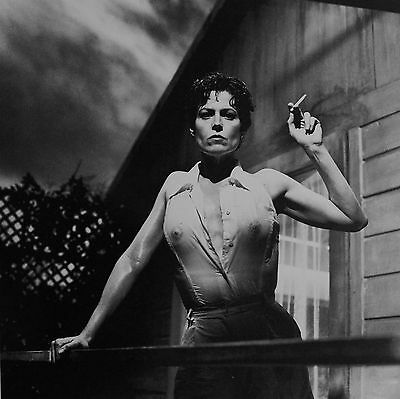 Helmut Newton Sumo Photo 50x70cm Sigourney Weaver Death and the Maiden 1995 Nude