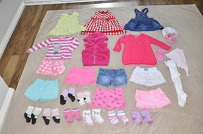 baby girl clothes size 1 25 items, bulk lot shorts,dresses,jacket,vest,sweater