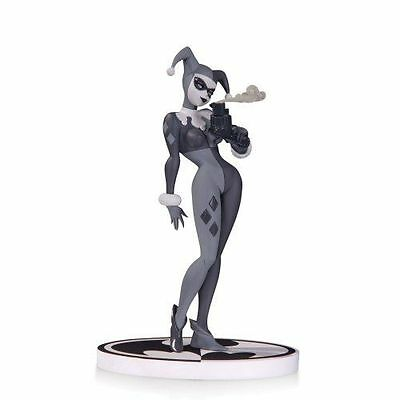 DC Comics Batman Black & White Series: Harley Quinn Numbered Statue 2nd Edition