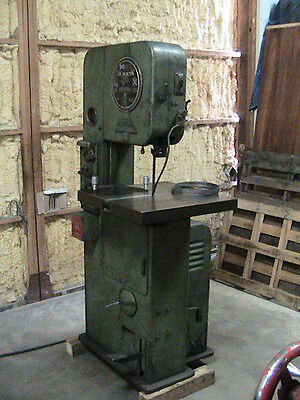 DoAll ML Vertical Band Saw
