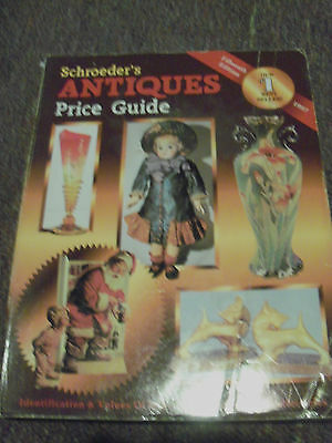 Schroeder's Antiques Price Guide, 15th Edition, 1997