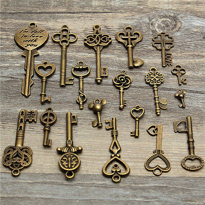 19Pcs.Vintage Old Look Skeleton Key Set Pendant Heart Bow Lock Steampunk Jewel