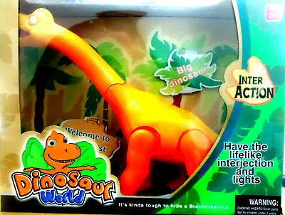 Yellow Battery Operated Big Dinosaur Toy 35cm/Roaring sound and walk NEW IN BOX