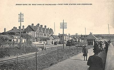 POSTCARD    JERSEY   West  Park  Station  and  Promenade