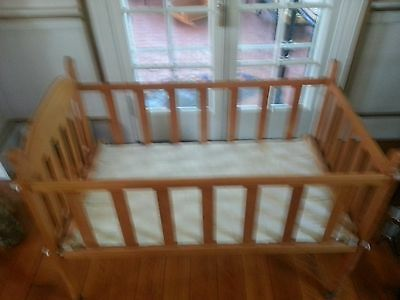 Antique Solid Wood Starter Crib Mint