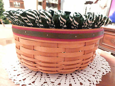 """Longaberger  """"2000 Frosty Basket"""" Larger One W/ Plastic Insert & 2 Cloth Liners"""