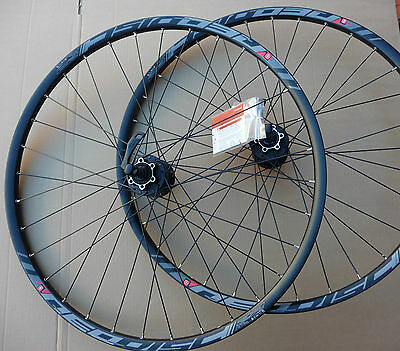 "27.5"" / 650b Wheelset Front Rear Disc Wheels MTB Shimano Deore 8 / 9 / 10 Speed"