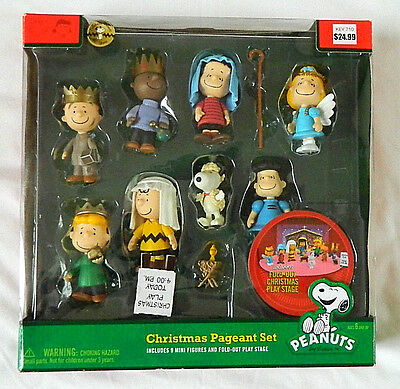 Charlie Brown Peanuts Christmas Pageant Set 2010 Anniversary Snoopy Woodstock