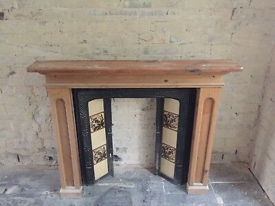 Vintage Antique Victorian Cast Iron Tiled Fireplace with Wooden Surround/mantle