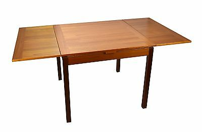 Danish Modern Ansager Mobler Teak Extending Draw Leaf Dining Table.