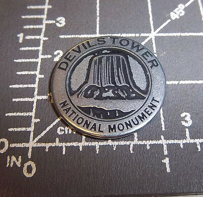 Devils Tower Wyoming National Monument - collector metal token, & Prairie dog