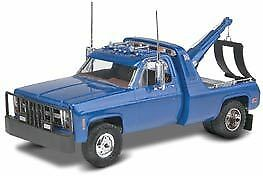 77 Gmc Wrecker Revell Model Car Kit (95-85-7220)