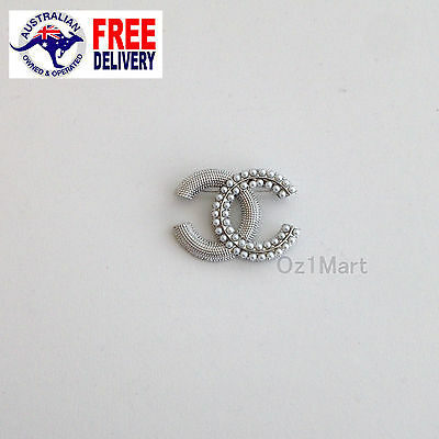 NEW Fashion BROOCH Silver Pearls Elegant Office Casual Pin Gift