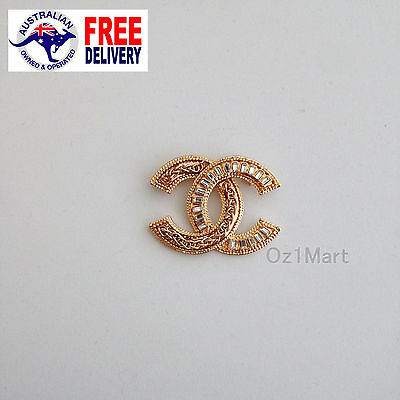 NEW Fashion BROOCH Gold Chain Crystals Office Casual Pin Gift