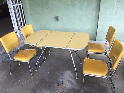 Vintage Atomic Age retro dinette set