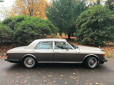 1982 Rolls-Royce Silver Spirit 6.8 auto We are a Family Business Est 1996