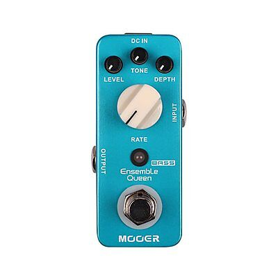 Mooer Ensemble Queen Bass Chorus Pedal + Picks