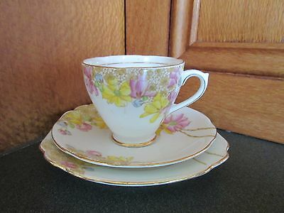 Trios, Royal Standard England, Bone China
