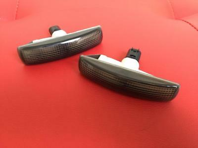 Land Rover Discovery 4 - Dark Smoked Side Indicators / Repeater lights