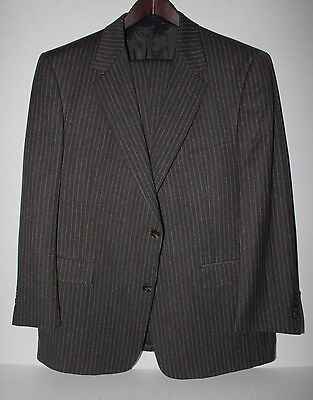 BURBERRY Gray Flannel Pinstripe Dual Vent Two Button Suit 100% Wool 42S NR